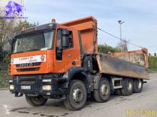 Teherautó Iveco Trakker 380 használt billenőkocsi