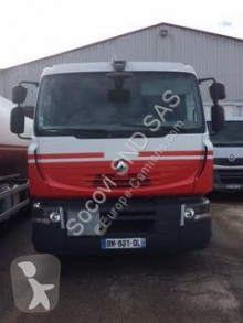 Kamión cisterna uhľovodíky Renault Premium