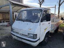 Camión Nissan Trade 3.0 CASSONE FISSO caja abierta usado