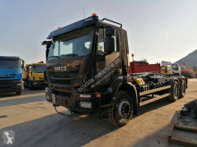 Camion polybenne Iveco Trakker AD 260 T 45 P