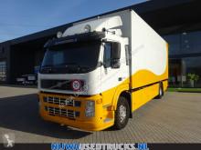 Camión Volvo FM 330 furgón usado