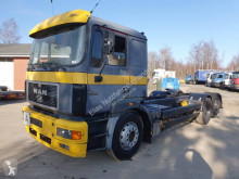 Camion châssis MAN F2000 26.403