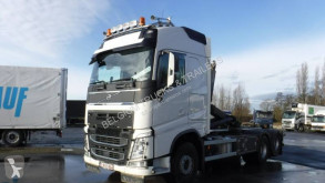 Volvo hook lift truck FH 500 Globetrotter