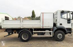 Vrachtwagen Iveco Eurocargo 140E25 + COFFRE tweedehands platte bak standaard