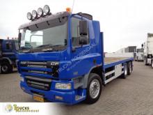 Vrachtwagen DAF CF75 tweedehands platte bak