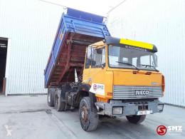 Camión Iveco 260 260.34 v8 volquete usado