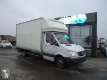 Mercedes furgon teherautó