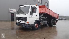 Camión volquete Volvo FL7