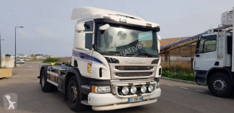 Scania hook lift truck P 400
