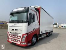 Volvo tautliner truck FH 500 Globetrotter