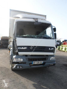 Camion DAF LF55 220 fourgon accidenté
