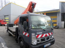 Camion Nissan Cabstar 35.12 nacelle accidenté
