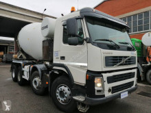 Camion Volvo FM12 480 béton toupie / Malaxeur occasion