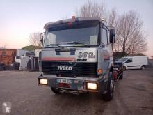 Iveco Unic 190.30 Gancho portacontenedor usado