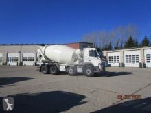 Camion béton toupie / Malaxeur Volvo FM11
