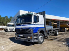 Mercedes heavy equipment transport truck Atego 1828