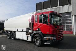 Camion cisterna Scania P 320