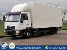 Camion fourgon MAN 12.220
