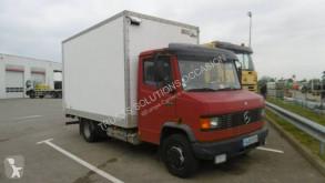 Kamion dodávka víceúčelové dno Mercedes 711D