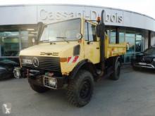 Camión volquete volquete trilateral Unimog U1450