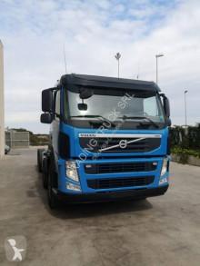 Camión chasis Volvo FMX 420