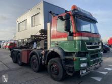 Camión portacontenedores Iveco Trakker