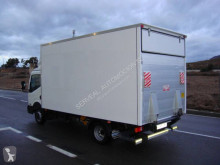 Camion Nissan NT 400 fourgon occasion