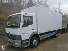 Camión Mercedes Atego 1218 furgón caja polyfond usado