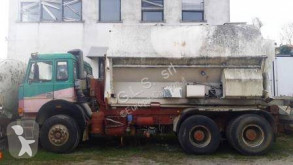 Camion scarrabile Iveco 330.36