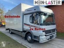 Camión portacoches Mercedes 822L Bett geschlossener Koffer Techau Seilwinde