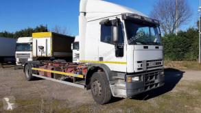 Camião Iveco Eurocargo 170 E 23 chassis usado