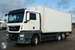 Camión MAN TGX 26.400 furgón usado