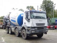 Kamion beton Iveco