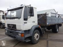 Camion MAN 18.224 cassone usato