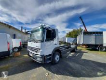 Vrachtwagen chassis Mercedes Atego