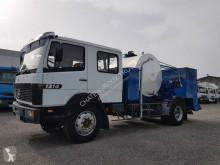 Camião cisterna de alcatrão Mercedes LK 1214