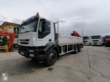 Iveco platóoldalak plató teherautó Trakker 260 T 36