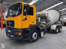 Lastbil MAN 27.293DF betong blandare begagnad