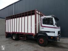 Camion bétaillère bovins Mercedes Ecoliner 1317