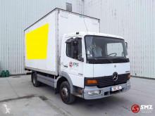 Mercedes furgon teherautó Atego 815