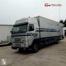 Camión frigorífico Volvo FH12 380