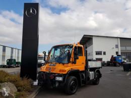Camión Unimog UNIMOG U300 4x4 Hydraulik Standheizung Klima caja abierta teleros usado