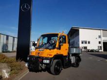 Camion Unimog U300 4x4 Hydraulik Standheizung Klima cassone fisso usato