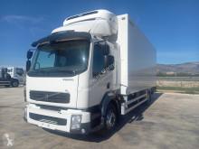 Kamion chladnička Volvo FL7 260