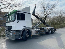 Camión Gancho portacontenedor Mercedes Actros Actros 2544 L 6x2 Abrollkipper/Meiller 20.70/ AD