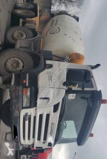 Camion béton toupie / Malaxeur Scania P 360 CB