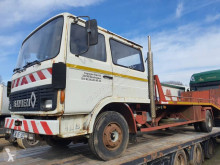 Renault tow truck