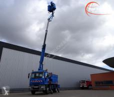 Camion nacelle Iveco Eurocargo
