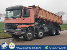 Camion tri-benne Mercedes Actros 4143