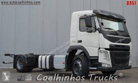 Camião Volvo FM 370 chassis usado